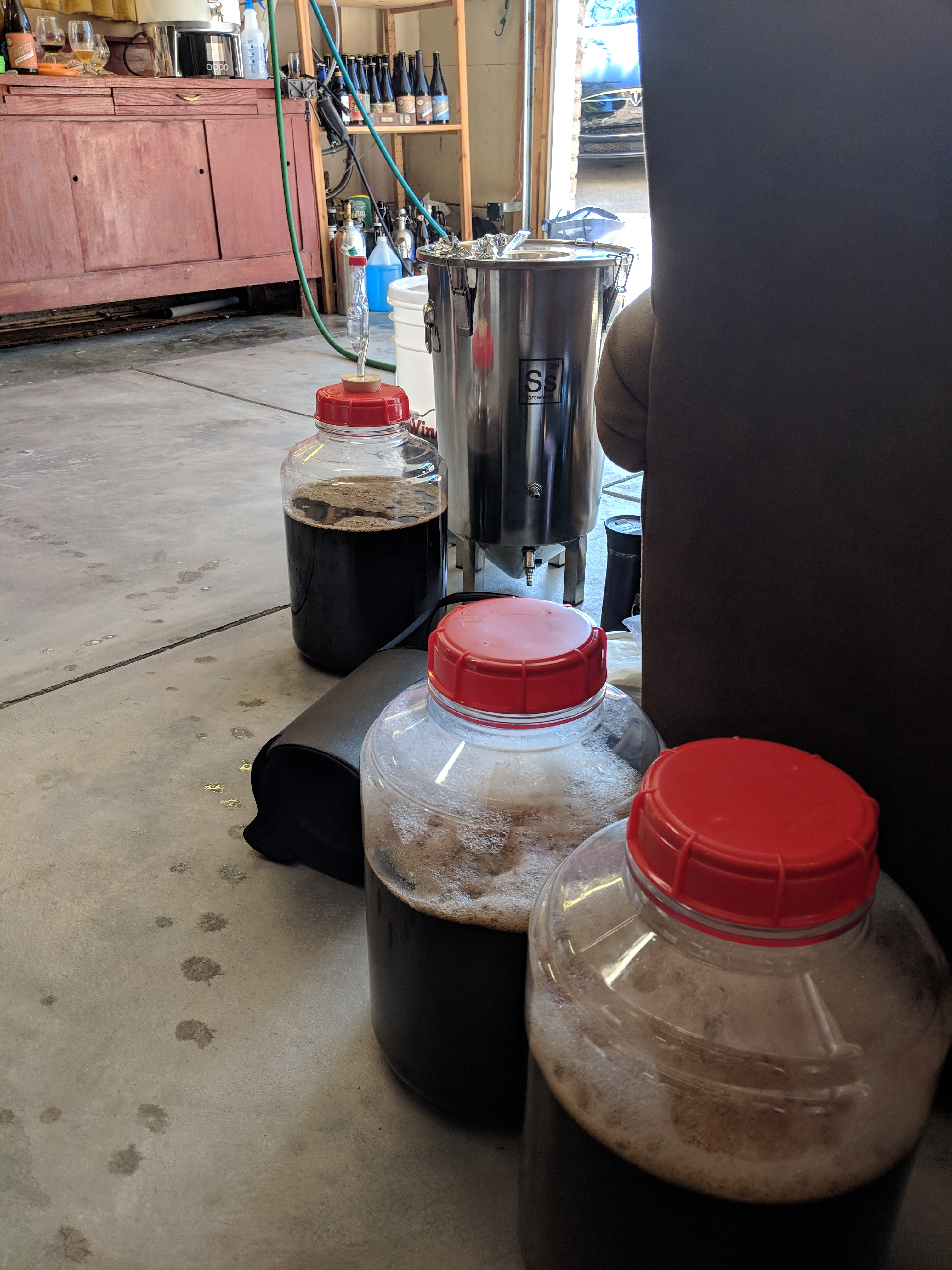 There was a run on 2.5 gallon widemouth fermentors at our LHBS..